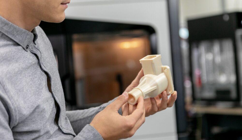 È necessario riscaldare il filamento prima dell'uso?